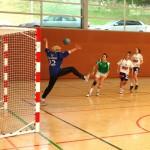 El femení d'handbol perd el liderat de Primera Catalana