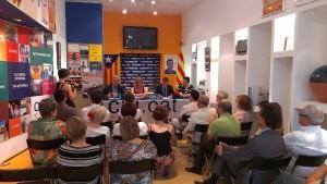 Els regidors de CiU van explicar què han fet durant aquest any a simpatitzants i militants del partit majoritàriament // Jordi Julià