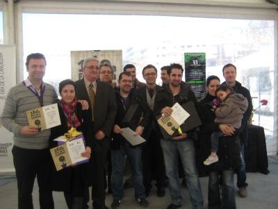 Participants del Concurs de Tast de Vins acompanyats de regidor Joaquim Martí