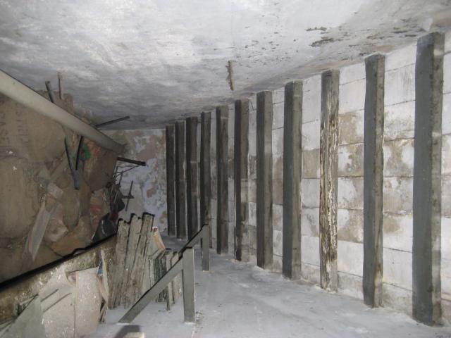 El pis d'adalt del Molí és la zona més afectada i posa en perill la resta de l'edifici // Jose Polo