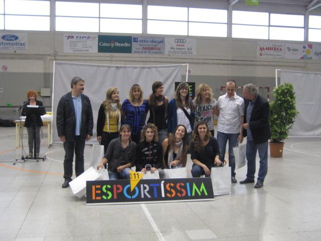 Sènior femení de bàsquet del CE Molins de Rei, premiat Esportíssim 2011 per la secció de bàsquet de l'entitat // Jose Polo