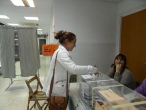 La jornada electoral ha estat tranquil·la a Molins de Rei // Laura Herrero