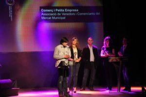 Òscar Romero va agrair el premi en nom dels venedors del Mercat Municipal // Jordi Julià