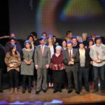 Tots els guanyadors, finalistes i membres del jurat es van fotografiar junts al finalitzar l'entrega de premis // Jordi Julià