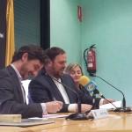Paz i Junqueras han signat el conveni a l'Ajuntament molinenc // Jose Polo