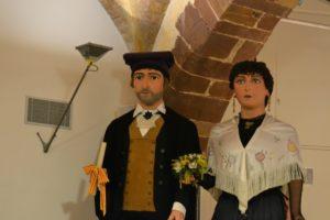 En Miquel i la Montserrat, les figures centenaries estaran exposades a la Sala Gòtica durant la Fira de la Candelera // Elisenda Colell