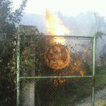 L'incendi no s'ha estès per altres zones // Àlex Maymó