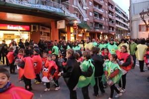 """""""Els Angry Birds del Ciuró"""", de l'escola Castell Ciuró, va ser la comparsa més nombrosa amb 200 inscrits // J.Julià"""