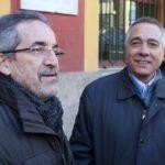 Pere Navarro va ser rebut pel president del PSC Molins de Rei, Joan Barrios // David Guerrero