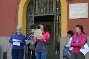 Quatre dones que practiquen esport a la vila van ser les escollides per llegir el manifest.// Elisenda Colell
