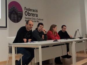 Farré i Blasco acompanyat de representants de la CUP durant la presentació // Jose Polo