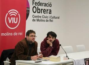 Albano Dante va respondre les preguntes del públic en un acte moderat per Lucas Silvano de Dempeus Molins // David Guerrero