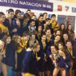 Badosa amb els companys de la selecció catalana // CN Molins
