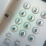 La moció reclamant que el telèfon de l'INSS sigui gratuït va ser aprovada per unanimitat // Gustavo Hermoso - Vozalta.es