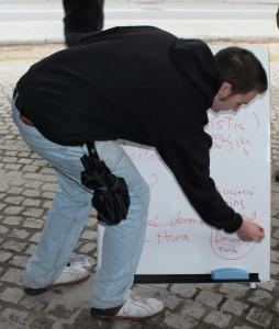 La PAH Molins es prepara per donar el salt a l'acció // Marta Pedrola