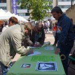 Iniciativa recull 300 signatures per la Renda Garantida Ciutadana