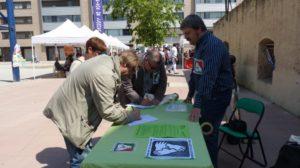 Iniciativa per Molins de Rei ha recollit signatures a esdeveniments com la Mostra d'entitats sociosanitàries // IxMdR