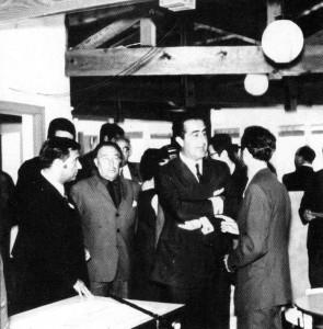 Imatge de la inauguració, amb Isidre Macias a la dreta // AMPA El Rodó