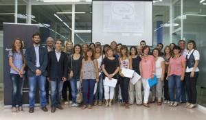 Els participants en el SEFED van fotografiar-se amb les autoritats // Ajuntament de Molins de Rei
