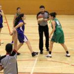 El femení de bàsquet guanya la partida a un rival directe