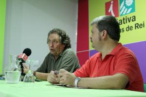 Jaume Bosh va estar acompanyat del portaveu d'Iniciativa per Molins de Rei, Ivan Arcas // Jose Polo