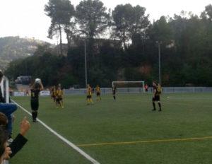 El Molins es va emportar els tres punts d'un camp complicat // Adrià Casaín