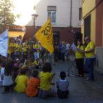 Unes 150 persones es concentren a la plaça de l'Ajuntament contra la llei Wert i les retallades