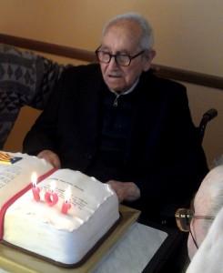 Lluís Català, durant la celebració dels 101 anys, el febrer passat // +Vilaweb-Jordí Martí Font