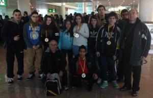 L'expedició molinenca amb les corresponents medalles // CH Molins de Rei
