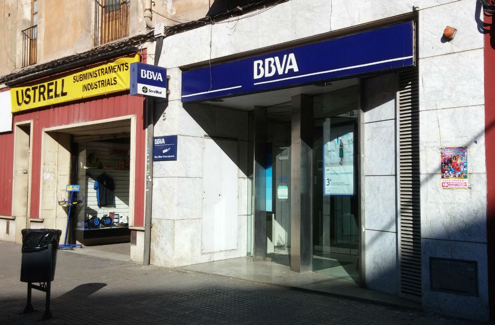 Detenen els autors de dos atracaments en un mes i mig al for Bbva oficines barcelona