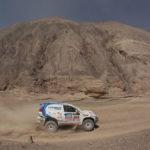 Xavi Foj segueix retallant distància arribant a les dunes d'Iquique