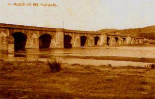 Postal amb el pont de Carles III amb matasegells de 1928 // Wikipedia