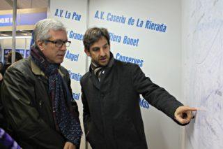 Xavi Paz va acompanyar a l'alcalde de Tarragona, Josep Félix Ballesteros, en la seva visita per la Fira de la Candelera // David Guerrero