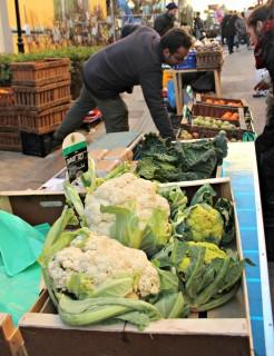 Productes km0 van fer les delícies dels compradors a la Fira del Planter // Jose Polo