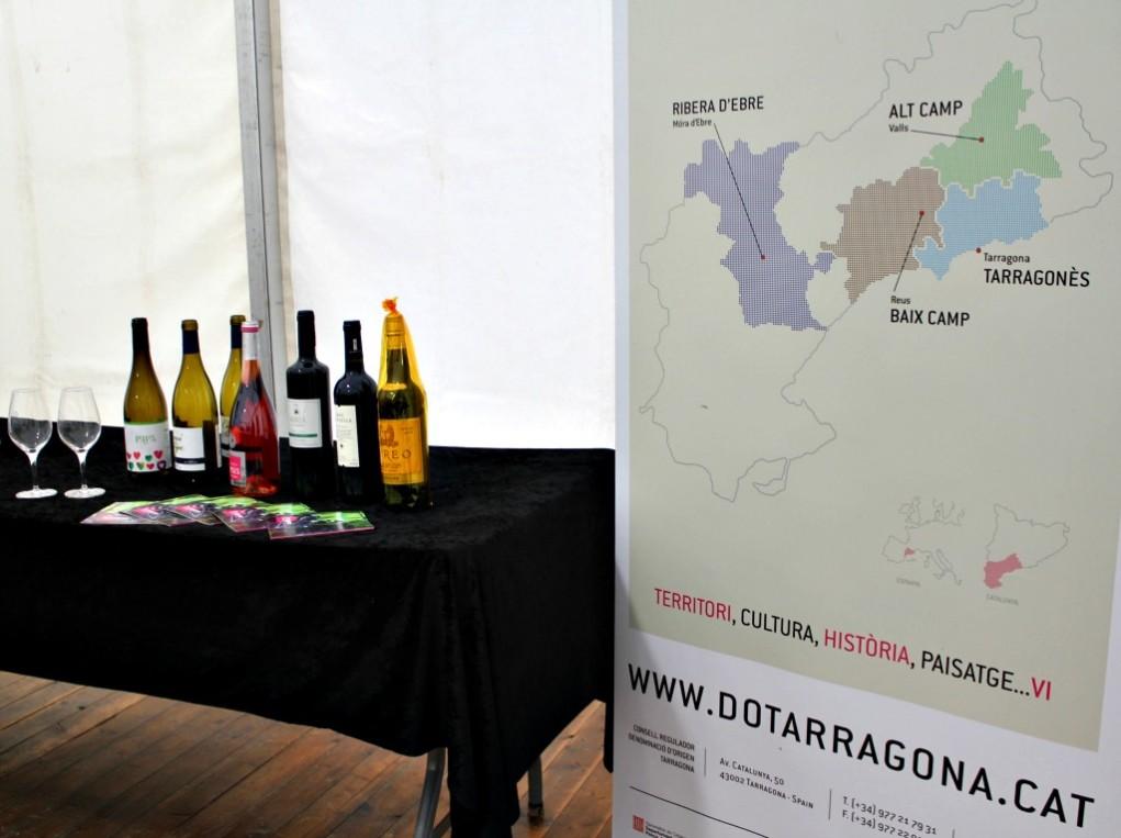 Diversos vins de la DO Tarragona es van poder degustar durant tot el cap de setmana a la Fira de Vins // David Guerrero