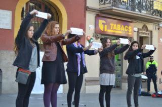 La performance va acabar amb l'exposició de sentiments vinculats amb 'avortament // Elisenda Colell