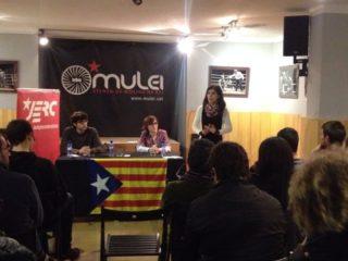 La diputada Marta Vilalta va ser la cara visible d'ERC en el primer acte de les JERC en molt de temps a Molins de Rei // Laura Herrero