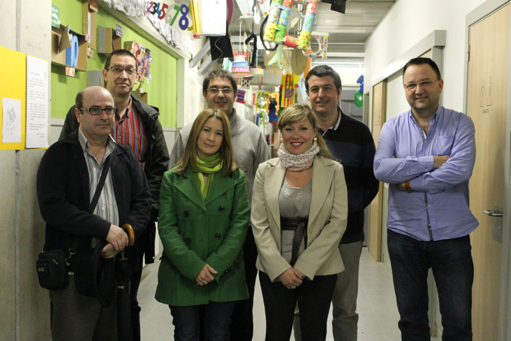 La junta de l'AAVV La Granja al complet // Jose Polo