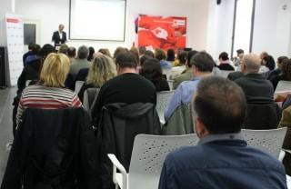 La Federació Obrera durant una de les diferents xerrades organitzades per Creu Roja // Jose Polo