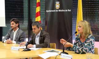 De dreta a esquerra: Mònica Santamans, Joan Ramon Casals i Xavi Paz durant la roda de premsa sobre Santa Creu // Jose Polo