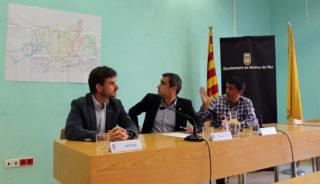 Paz, Casals i Zaragoza van explicar els motius de les inundacions amb l'ajuda d'un mapa // Jose Polo
