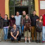 10 voluntaris de diferents països participen en un camp de treball per la pau i els Drets Humans