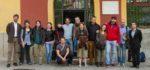 Els participants al camp de treball acompanyats del primer tinent d'alcalde i l'alcalde // Ajuntament de Molins de Rei