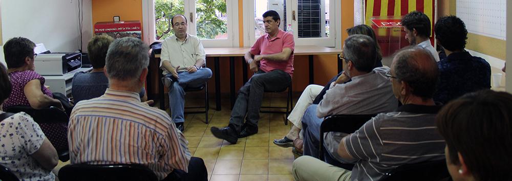 Miquel Iceta rodejat pels socialistes molinencs // Jose Polo