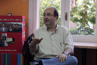 Miquel Iceta a la seu del PSC Molins de Rei // Jose Polo