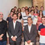 17 alumnes de Batxillerat i Grau Superior reben el reconeixement a l'excel·lència educativa