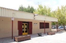 El Centre Comunitari Pont de la Cadena presta el servei de Centre Obert durant tot el mes d'agost // Jordi Julià
