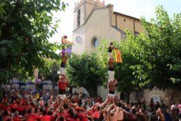 Els Xiquets de Vilafranca i els Matossers de Molins de Rei aixequen un pilar de 5 a la Festa Major de Castellbisbal // 772.cat