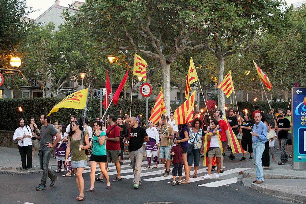 La Marxa de Torxes va començar a la Plaça dels Països Catalans // Jose Polo