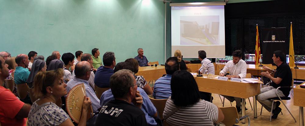 La reunió informativa s'ha fet a la sala de Plens // Jose Polo